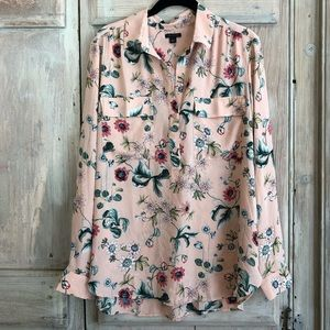 Ann Taylor Floral Button Up Long Sleeve Blouse